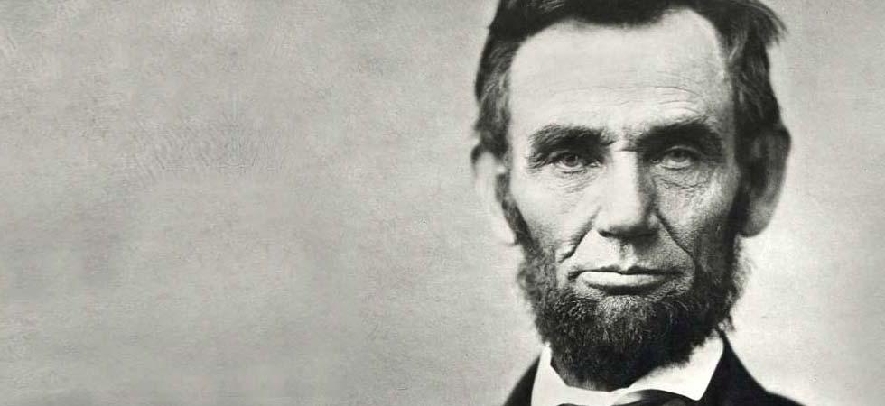 Abraham Lincoln Politico e avvocato statunitense, è stato il 16º Presidente degli Stati Uniti d'America e il primo ad appartenere al Partito Repubblicano.