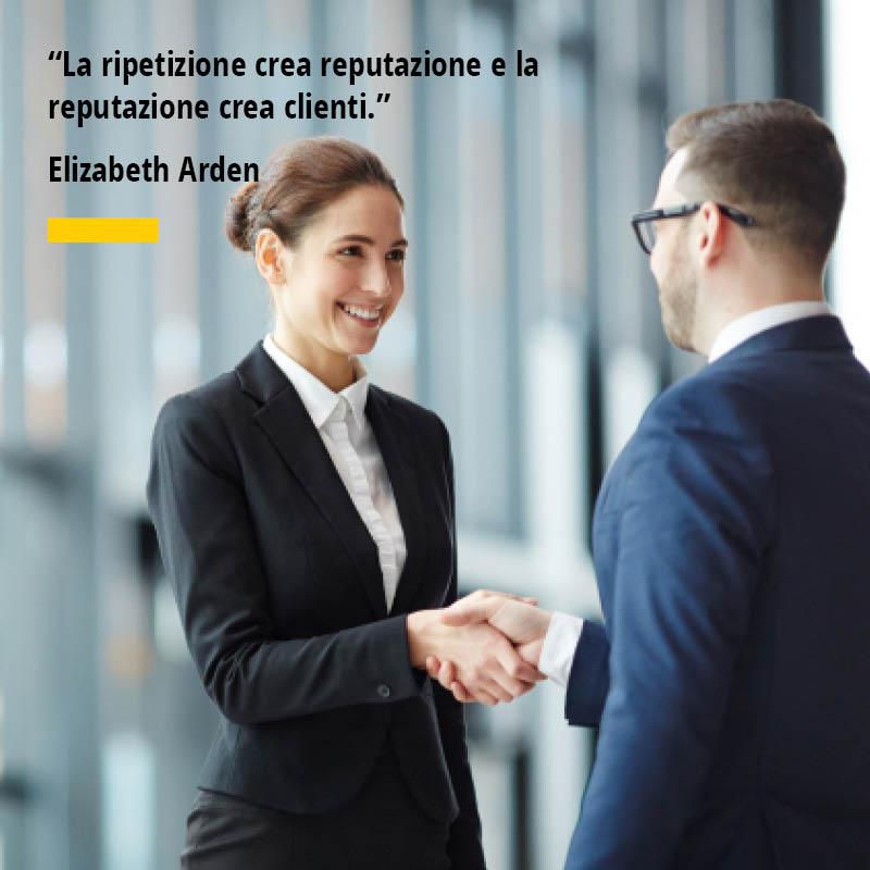 Citazione di Elizabeth Arden La ripetizione crea reputazione e la reputazione crea clienti.