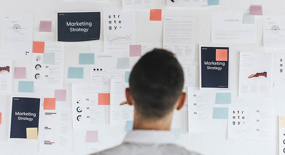 Scopri la strategia in 10 step per far decollare il tuo e-commerce analisi competitors